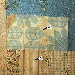 Küche 1.2.5, Folge der letzten drei Papiertapeten, heller Grund mit Blüten-, Blatt- und Streifenmustern