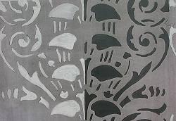 Kleiner Raum zur Straße, Garfik der Wanddekoration aus Fassung V in Grautönen