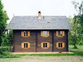 Seitenansicht Haus Alexandrowka Nr. 2